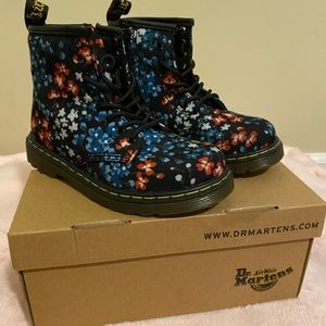 Kid Dr. Marten floral canvas boot